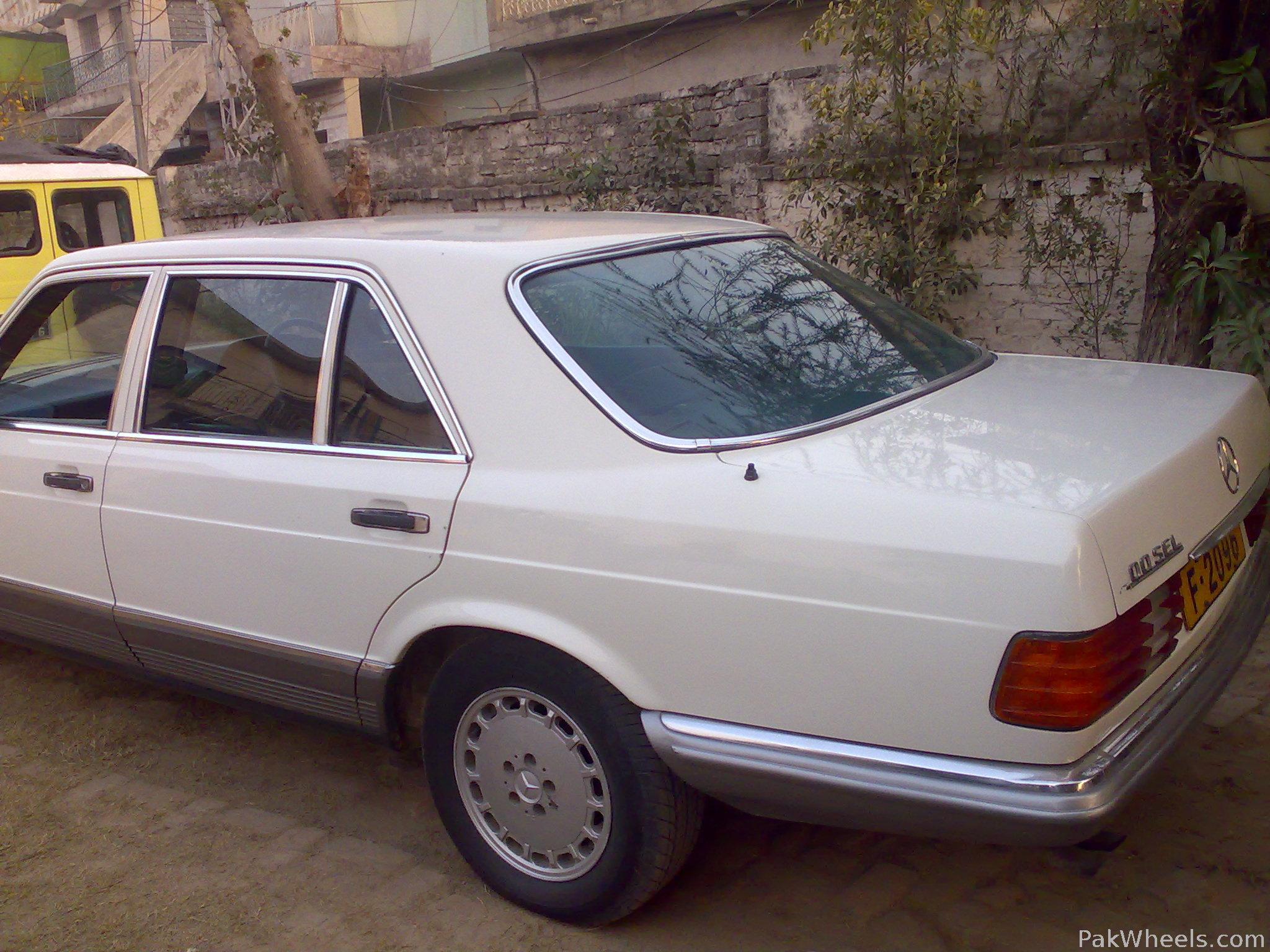 Mercedes Benz S Class - 1984 merc Image-1
