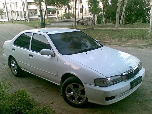 Nissan Sunny - 2003 VK Image-1