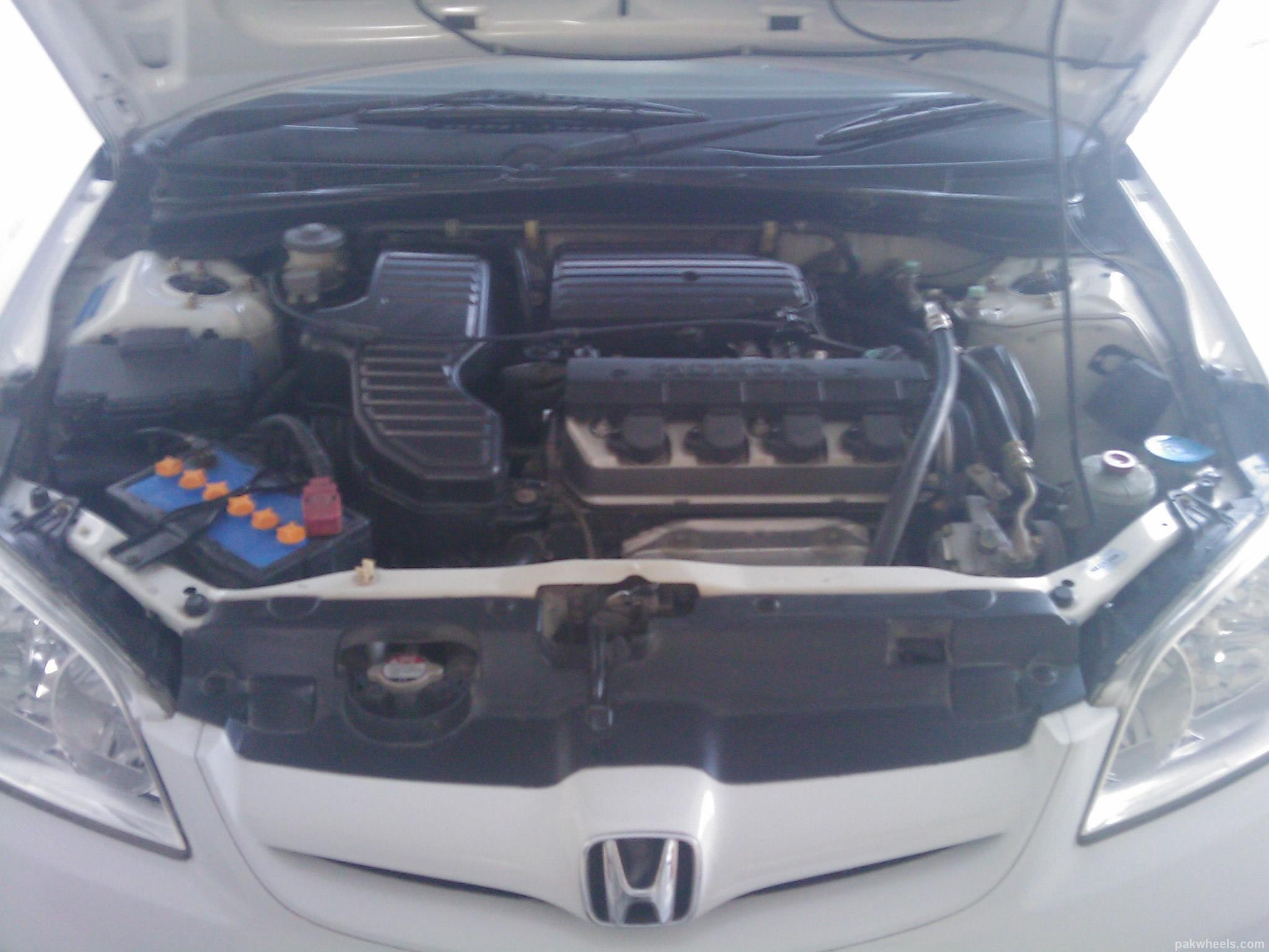 Honda Civic - 2005 EXi Image-1