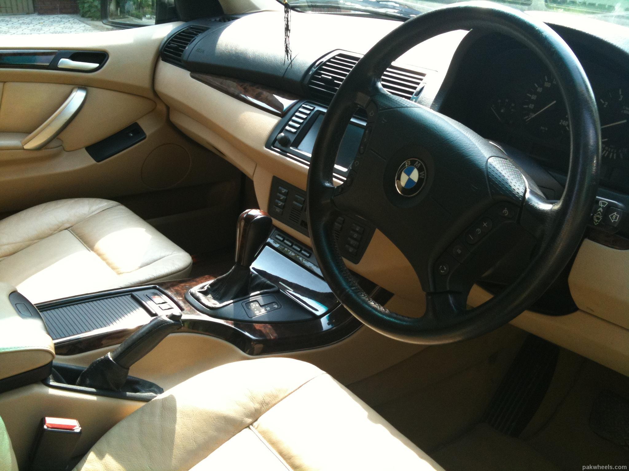 BMW X5 Series - 2001 Black Beauty Image-1