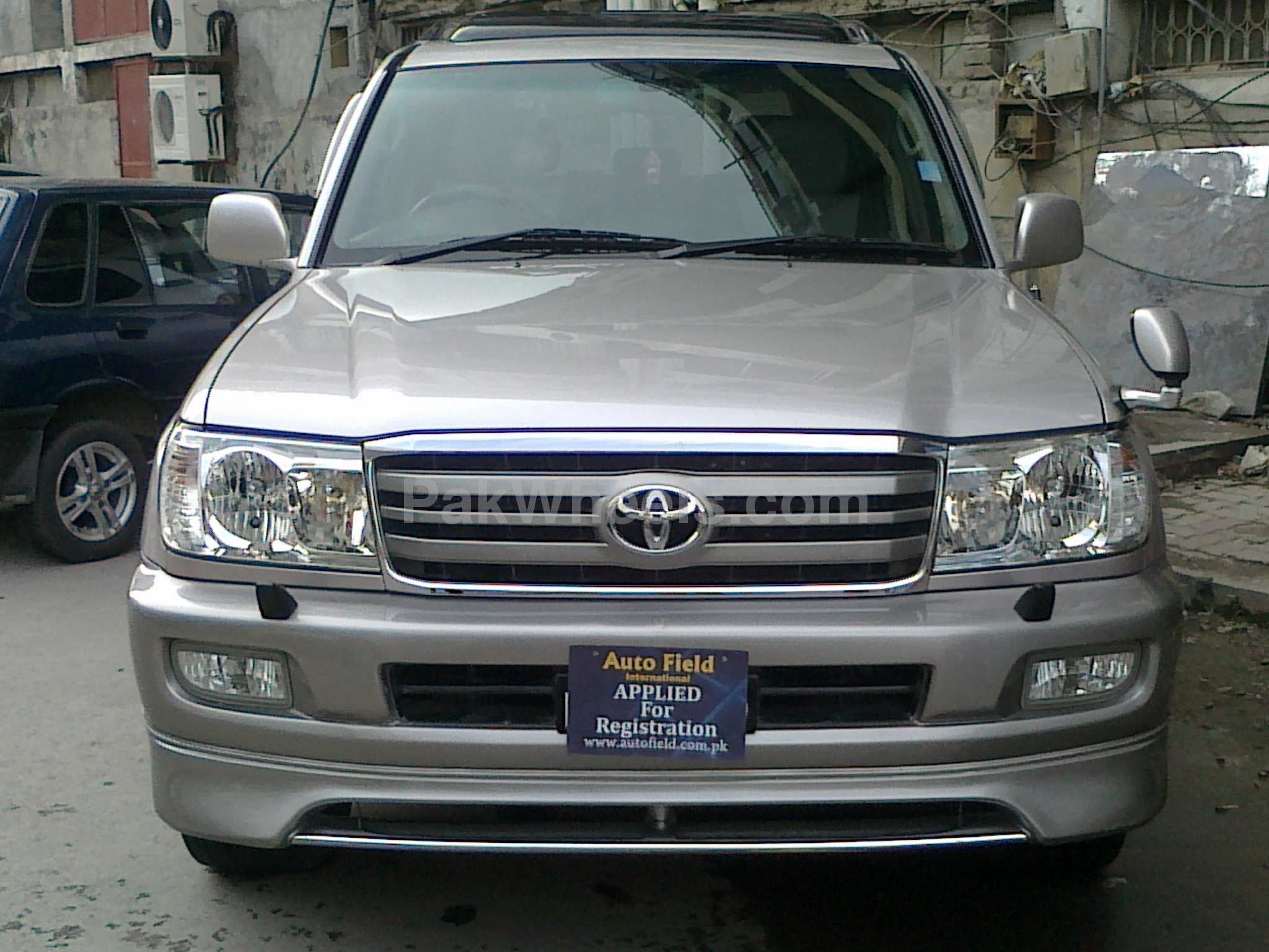 toyota land cruiser 2003 for sale in islamabad pakwheels. Black Bedroom Furniture Sets. Home Design Ideas