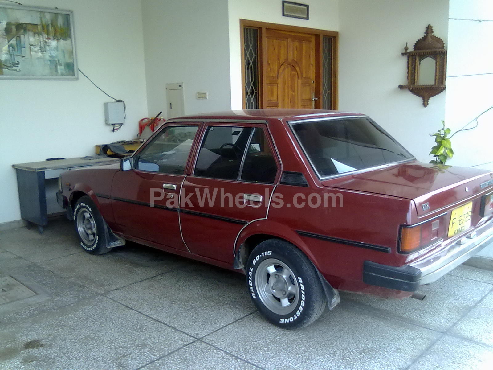 Toyota Corolla - 1982 JybZz Image-1