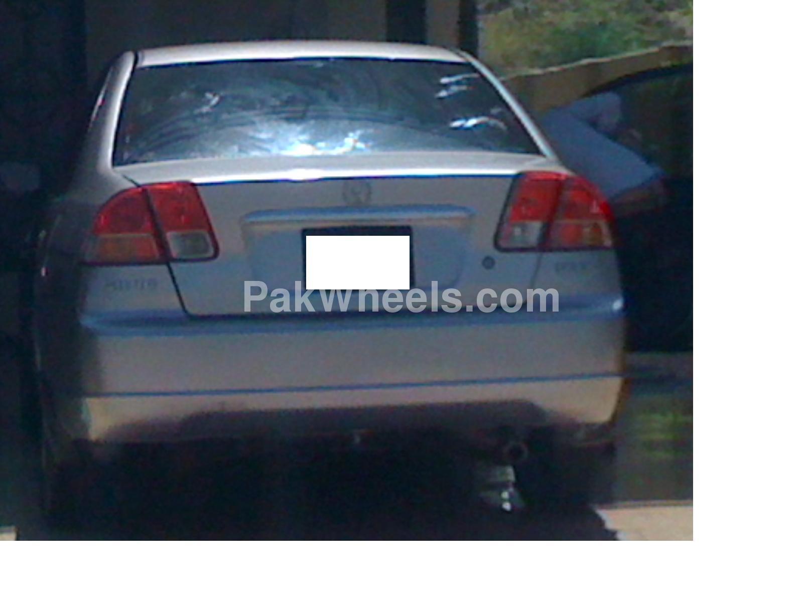 Honda Civic 2002 Image-4