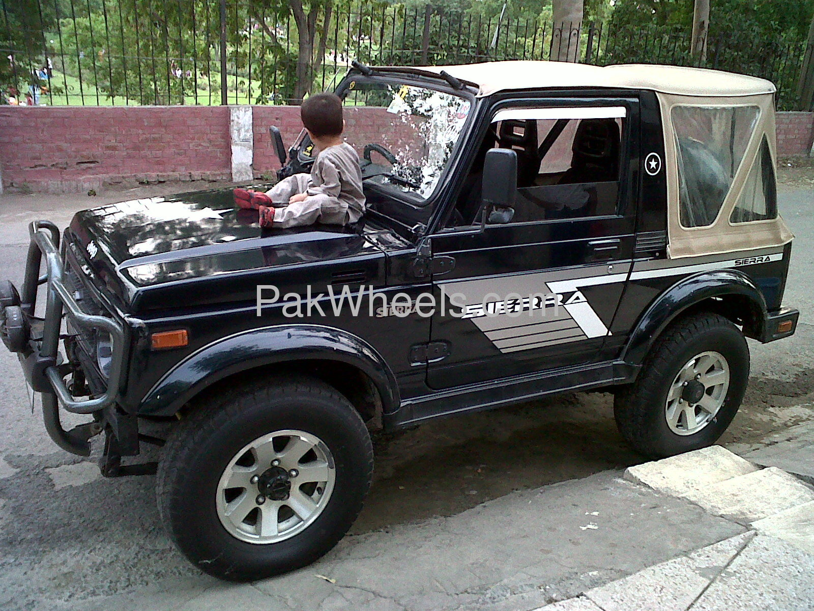 suzuki jimny jlx 1997 for sale in lahore pakwheels. Black Bedroom Furniture Sets. Home Design Ideas
