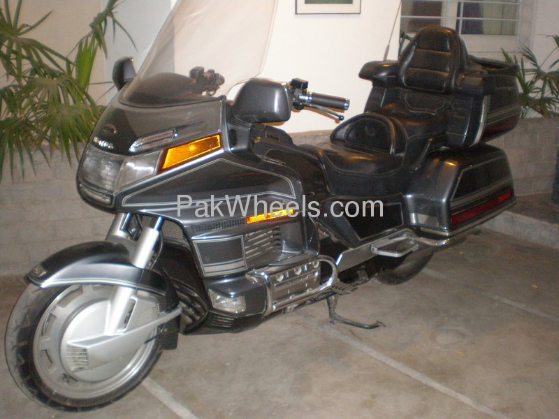 gold honda page motorcycle motorcycles or sale for new wing se and price used buy