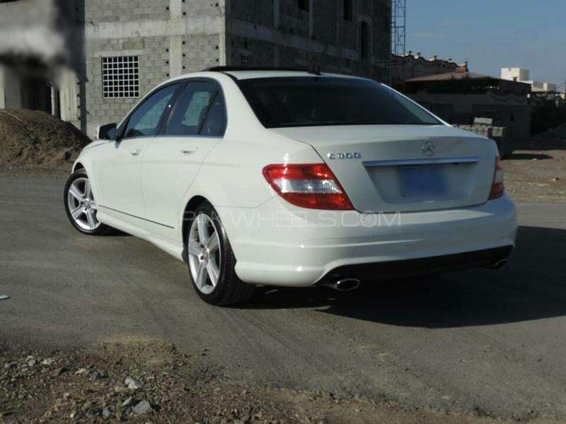 Mercedes benz c class c63 amg 2011 for sale in islamabad for Mercedes benz 2011 c300 for sale