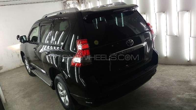 Toyota Prado 2011 Image-12
