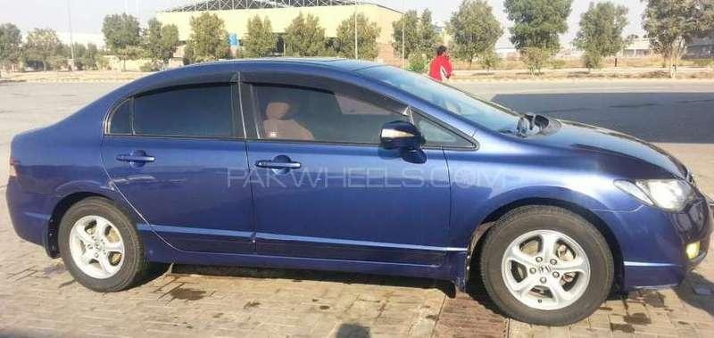 Honda Civic VTi Oriel 1.8 i-VTEC 2010 Image-5