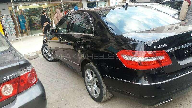 Mercedes Benz E Class E250 2012 Image-6