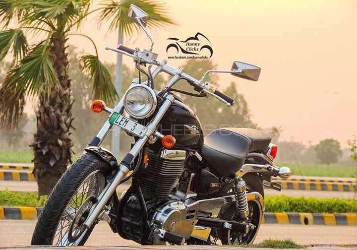 used suzuki boulevard s40 2010 bike for sale in gujranwala