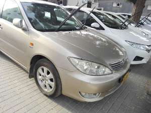 Slide_toyota-camry-2-4-up-specs-automatic-2005-10258028