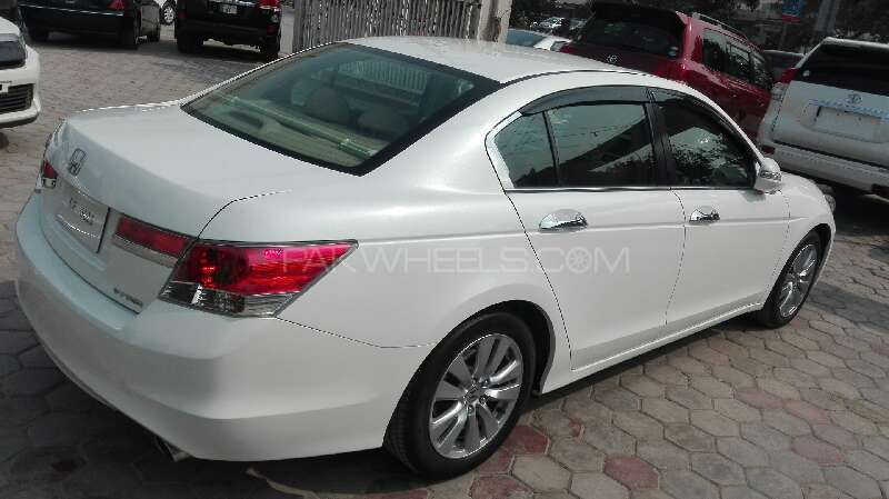 Honda accord 2011 for sale in lahore pakwheels for Honda accord 2011 for sale