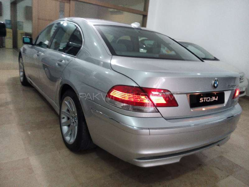 BMW 7 Series 730d 2005 Image-5