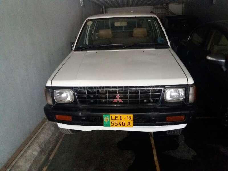 Mitsubishi L200 2.5 D/C 1991 Image-1