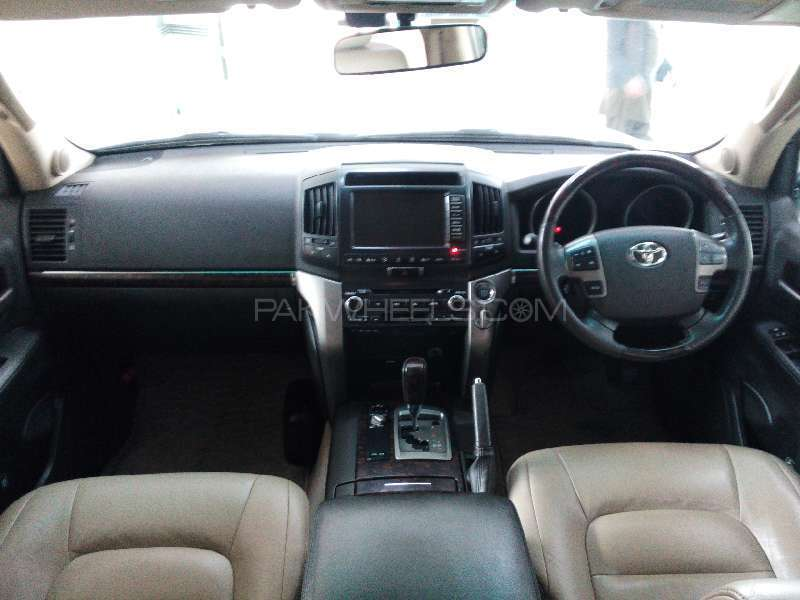 Toyota Land Cruiser AX G Selection 2009 Image-7
