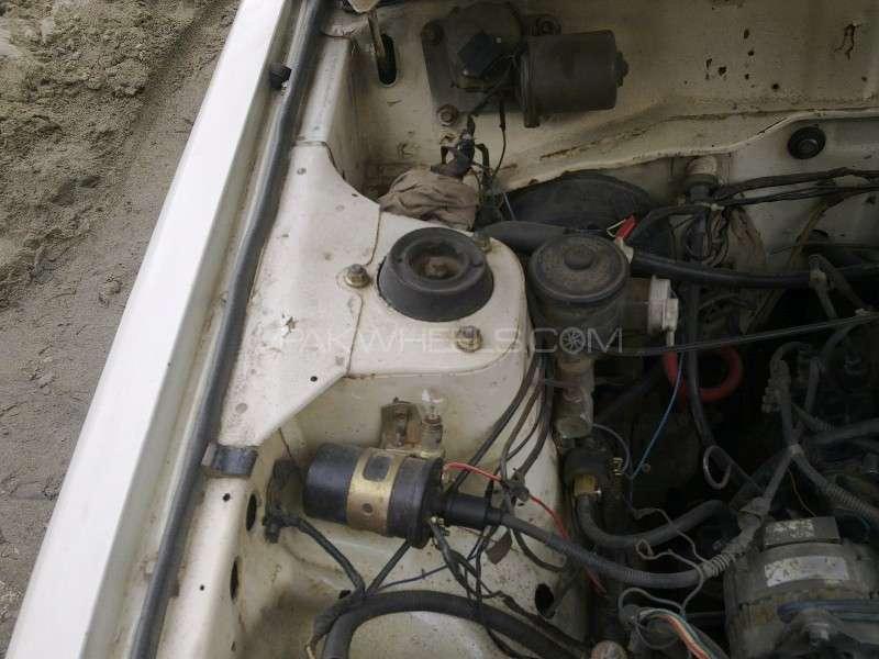 Datsun 120 Y 1981 Image-7