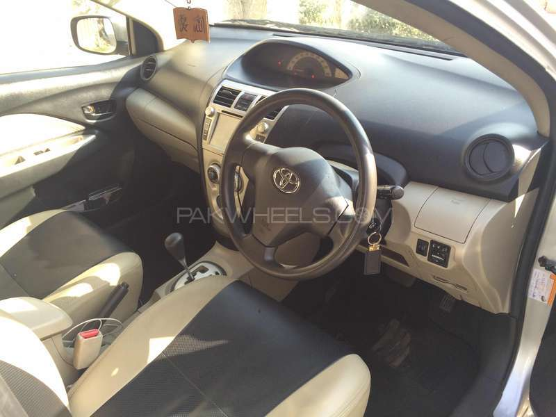 Toyota Belta X L Package 1.3 2006 Image-3