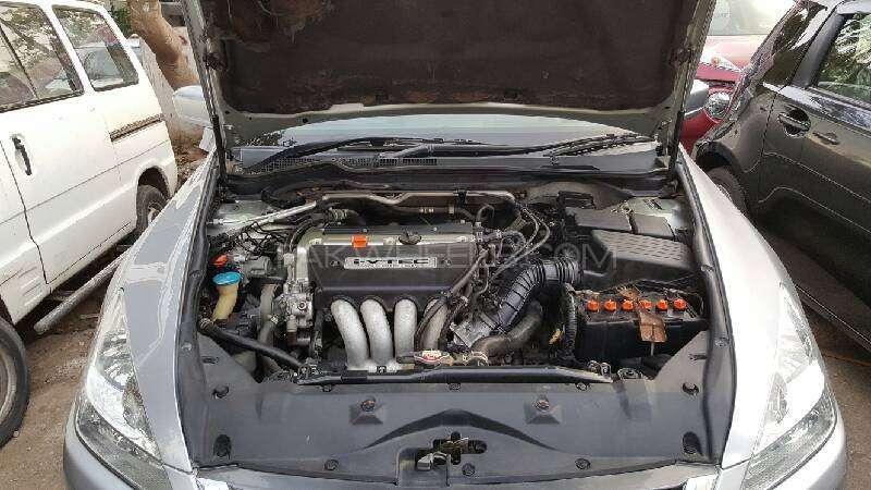 Honda Accord VTi 2.4 2006 Image-3