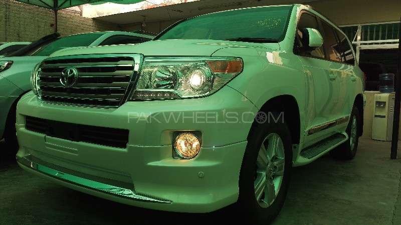 Toyota Land Cruiser AX G Selection 2015 Image-2