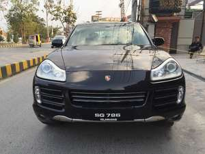 Slide_porsche-cayenne-base-model-2-2008-10560889