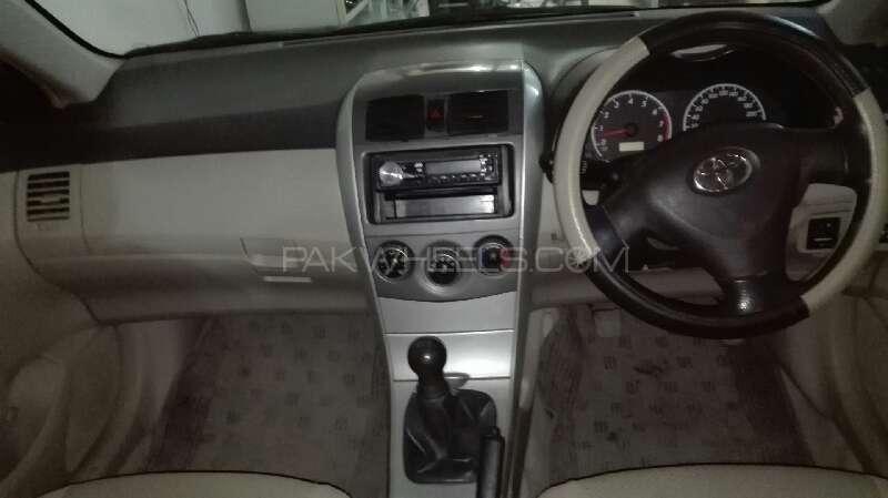 Toyota Corolla XLi VVTi 2011 Image-7