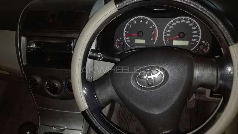 Toyota Corolla XLi VVTi 2011 Image-11