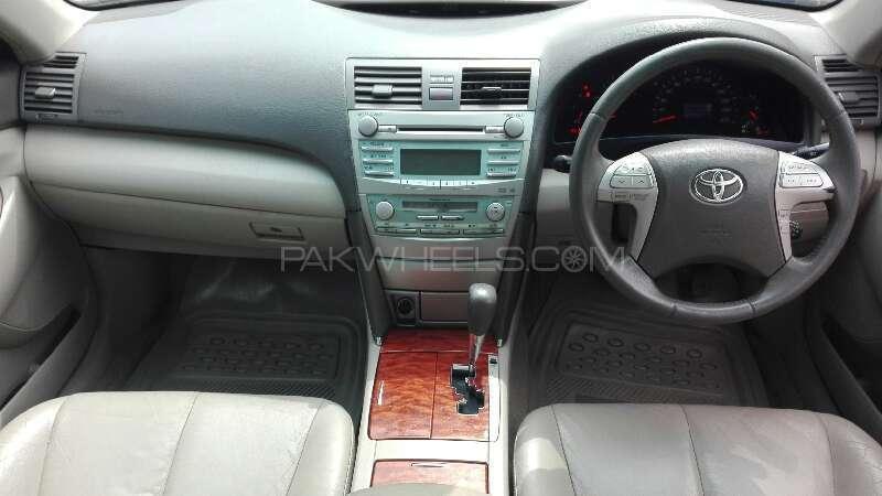 Toyota Camry 2008 Image-4