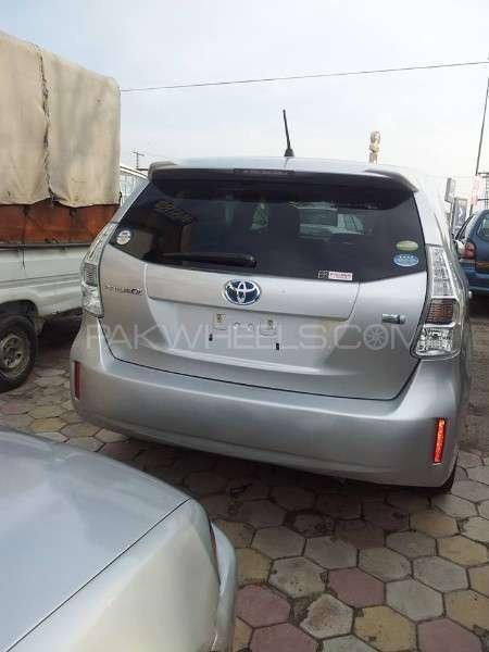 Toyota Prius S Touring Selection 1.8 2012 Image-4