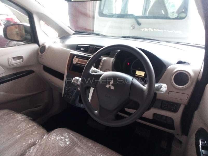 Mitsubishi Ek Wagon G 2013 Image-4