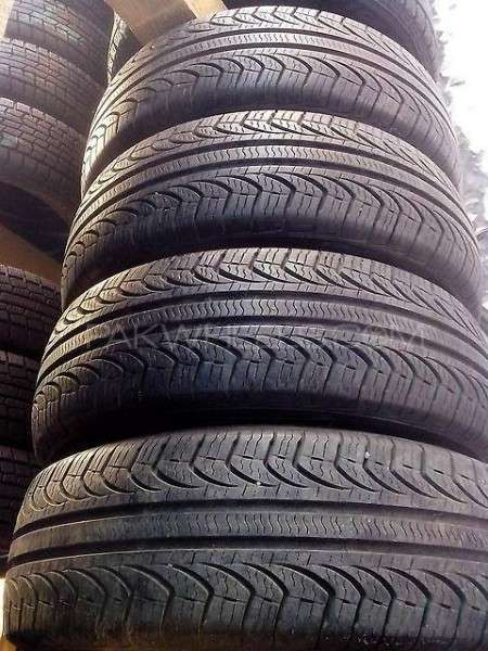 195-65R15 Pirelli tyres set wonderful condition imported   Image-1