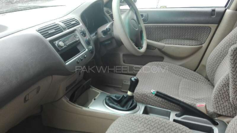 Honda Civic EXi 2005 Image-7