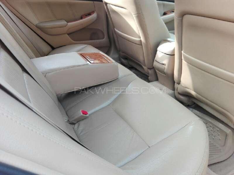 Honda Accord VTi 2.4 2006 Image-12