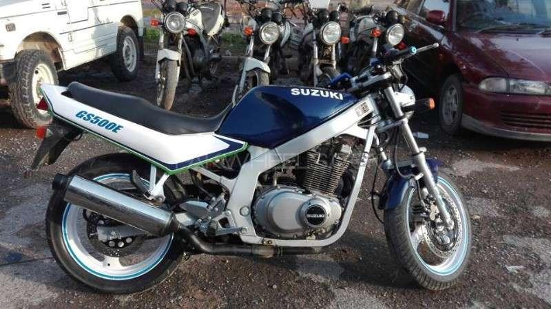 Suzuki GS500E 2001 Image-1