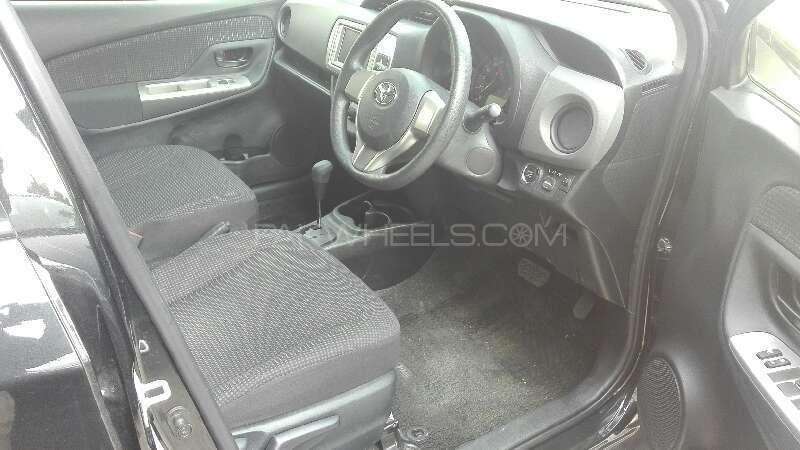 Toyota Vitz 2014 Image-4