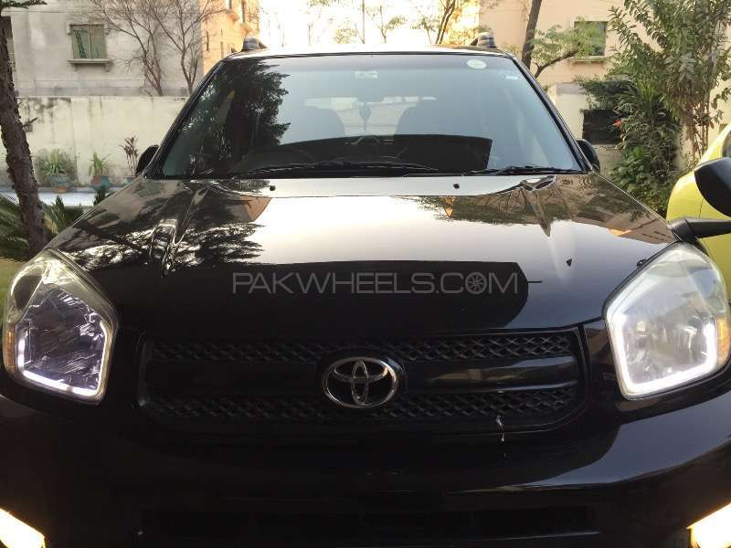 Toyota Rav4 2004 Image-1