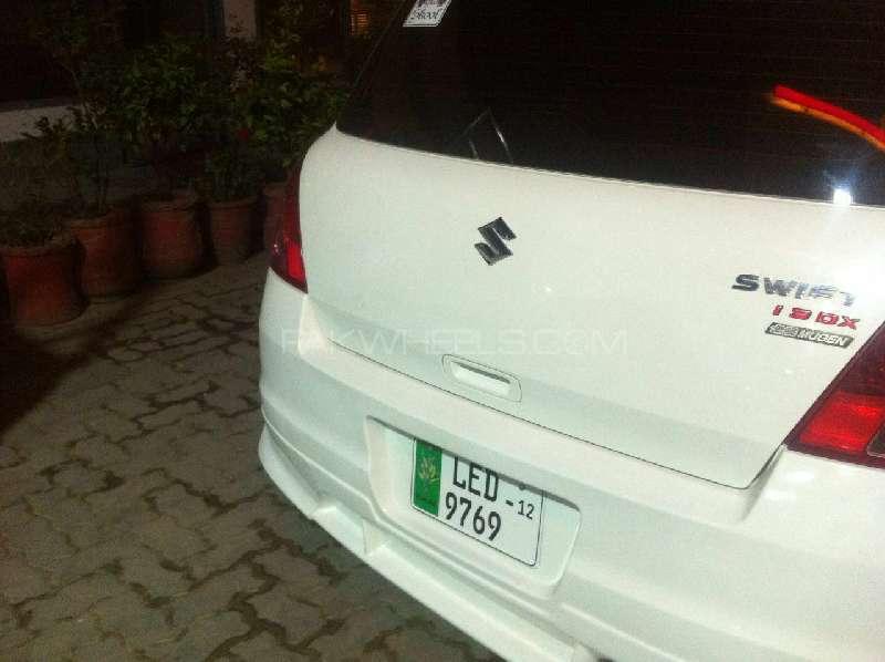 Suzuki Swift DX 1.3 2012 Image-4