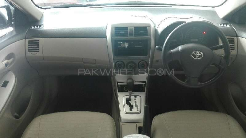 Toyota Corolla GLi Automatic 1.6 VVTi 2012 Image-5