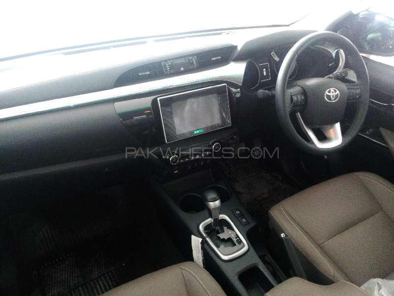 Toyota Hilux Revo G 2.8 2015 Image-7