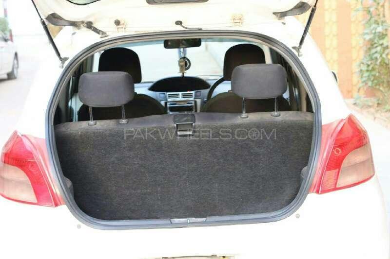 Toyota Vitz B 1.0 2005 Image-8