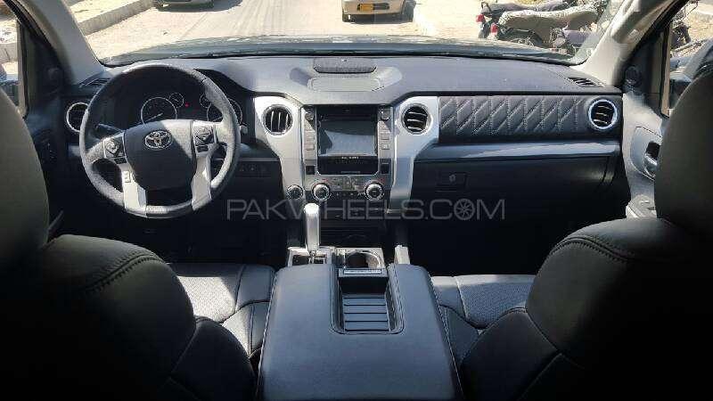 Toyota Tundra 5.7i 2015 Image-6