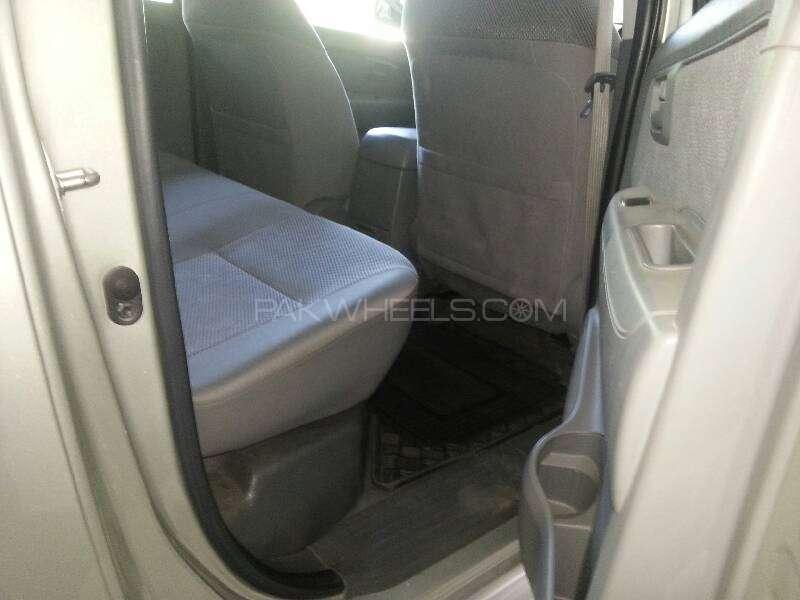 Toyota Hilux Vigo G 2012 Image-3