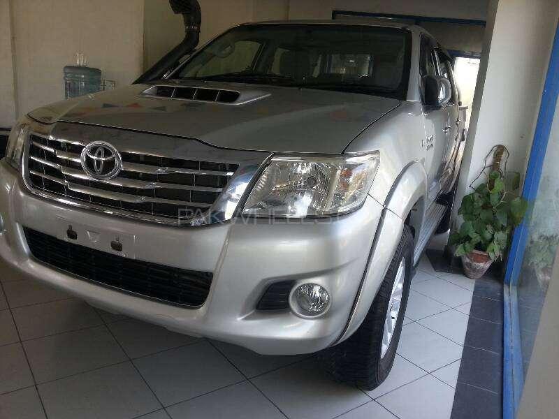 Toyota Hilux Vigo G 2012 Image-9