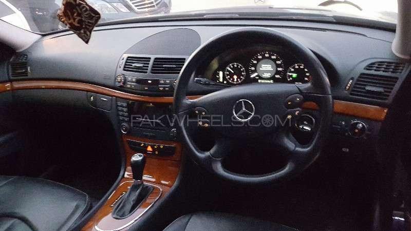 Mercedes Benz E Class E200 2007 Image-7