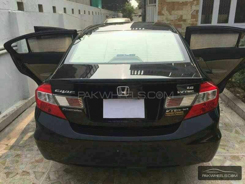 Honda Civic VTi Oriel Prosmatec 1.8 i-VTEC 2012 Image-2