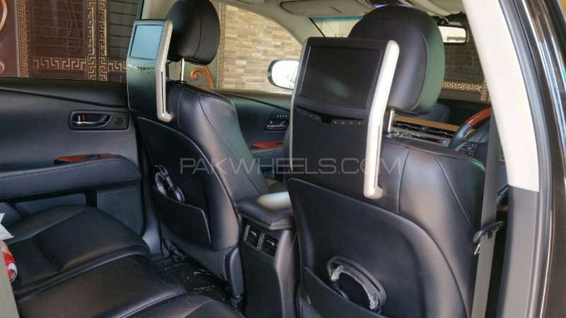 Lexus RX Series 2011 Image-1