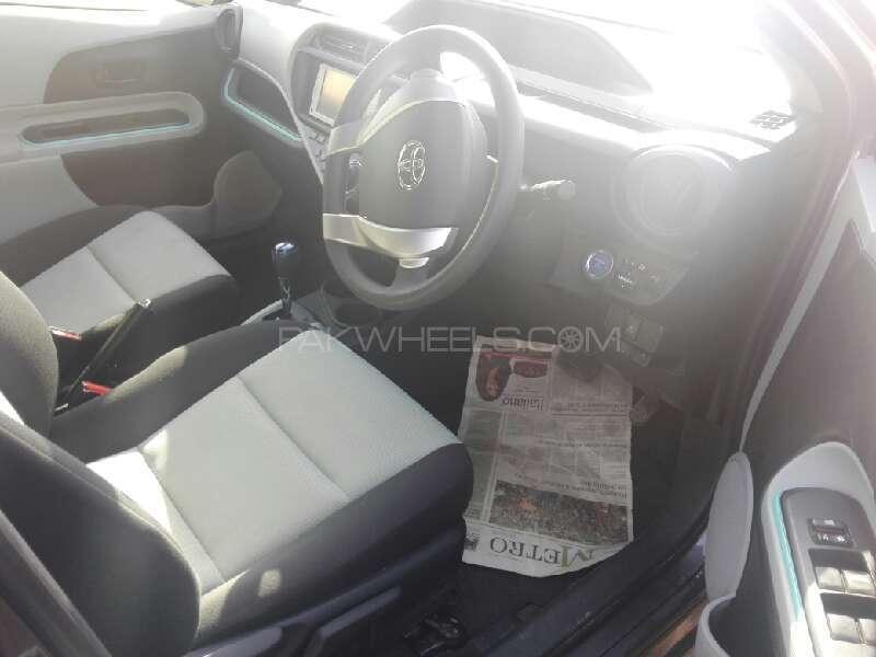 Toyota Aqua S 2012 Image-3