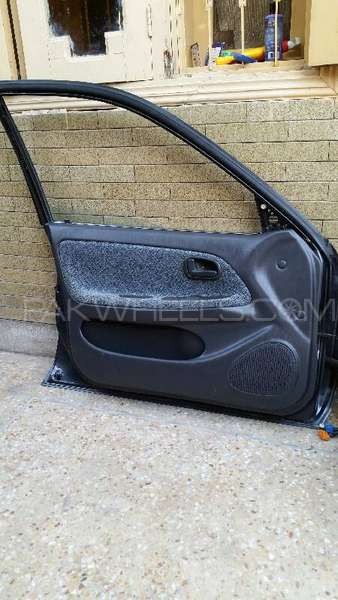 Toyota Corolla 1994 Model Super Saloon Doors For Sell Image-1