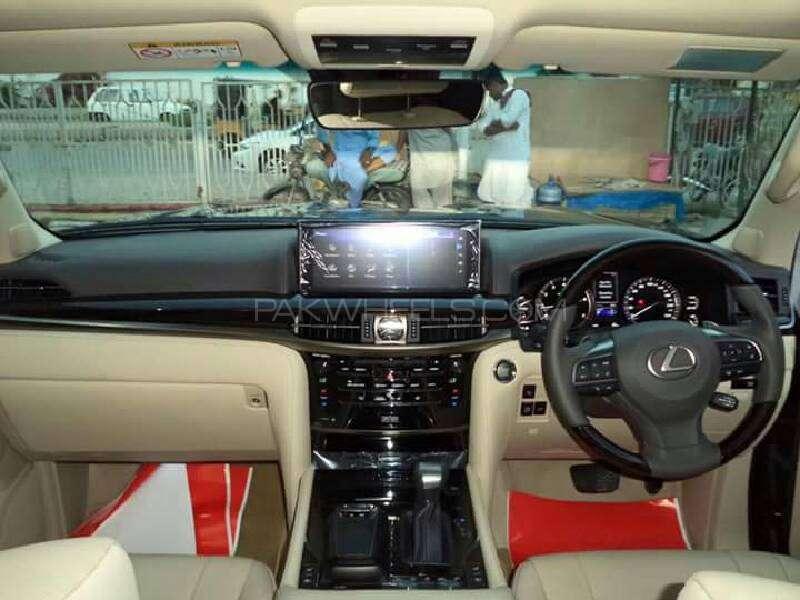 Lexus LX Series LX570 2016 Image-6