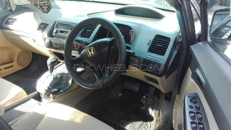 Honda Civic VTi Prosmatec 1.8 i-VTEC 2007 Image-2