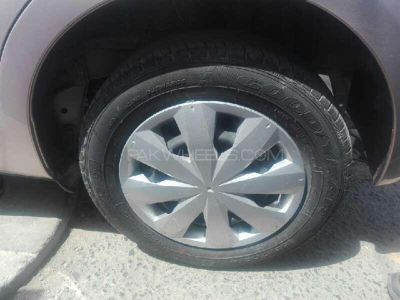 Toyota Vitz Jewela 1.0 2012 Image-6